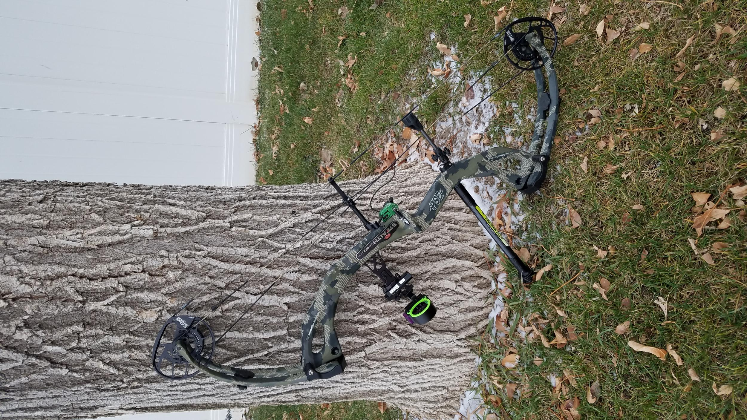 Pics of my 2019 pse stealth in kuiu