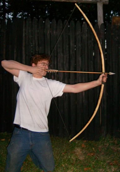Does anyone shoot a primitive bow?