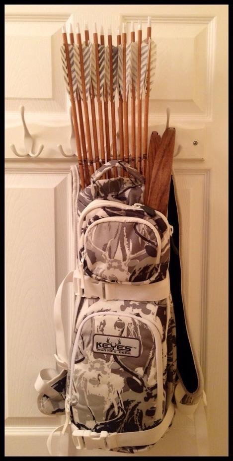For Sale Keyes hunting gear 3d quiver pack snow buck camo