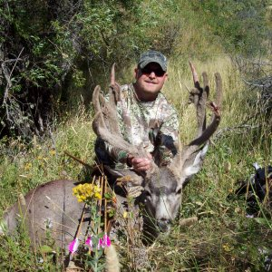 161 Mulie with my longbow