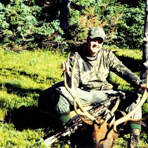 Alan 1999 elk colorado 6x6 Bow 001 (2).jpg